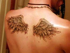 tatuagem de asas de anjos