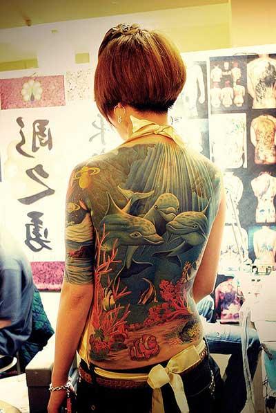 fotos de tatuagens de golfinhos
