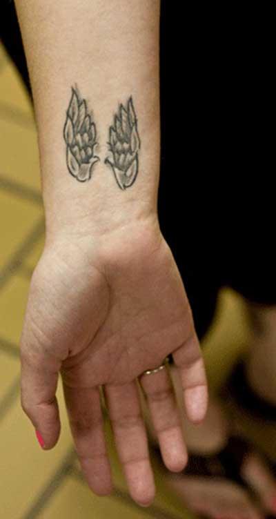 tatuagens de asas de anjo