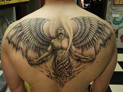 fotos de tatuagens de asas
