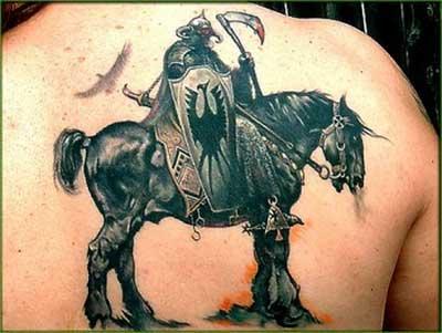 para os homens tatuarem