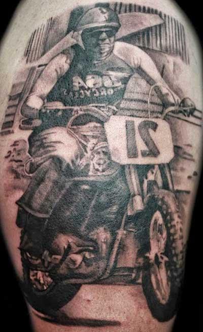 fotos de tatuagens de moto