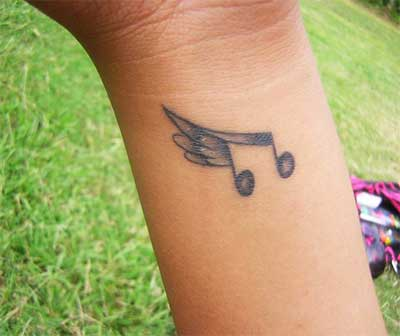 tattoo com asas