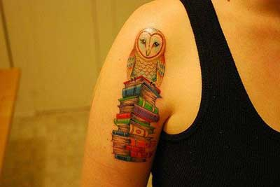 imagens de tatuagens de livros