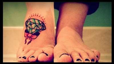 fotos de tatuagens de diamantes
