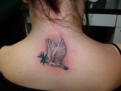 tatuagem na nuca