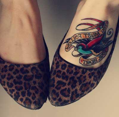 dica de tatuagem nos pés
