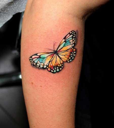 Tatuagens de borboleta colorida