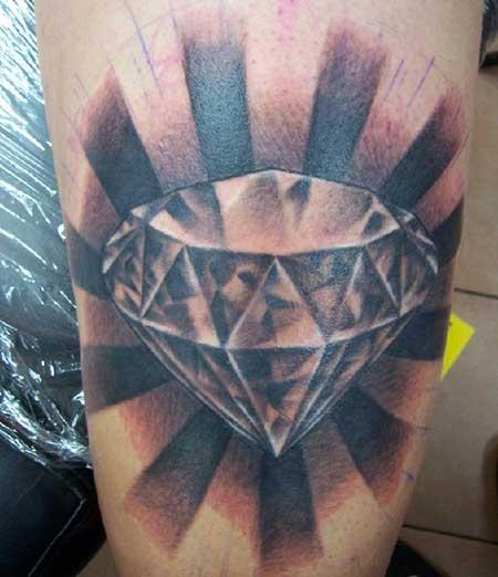 dicas de tatuagem de diamante
