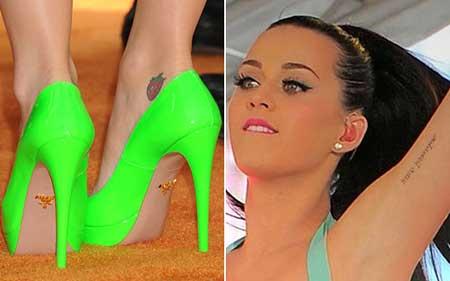 o morango que ela tem no pé