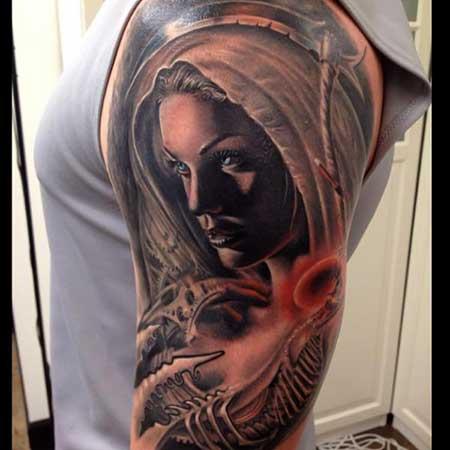 modelo de tatuagem religiosa