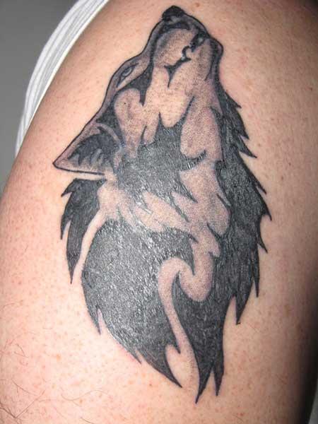 desenho de tatuagens de lobo