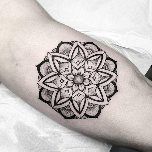 20 Fotos De Tatuagens De Mandala Masculina E Feminina