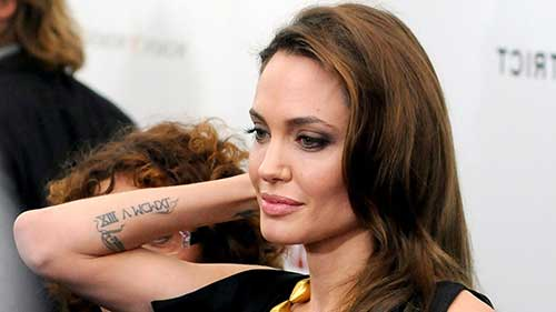fotos das tatuagens da angelina jolie