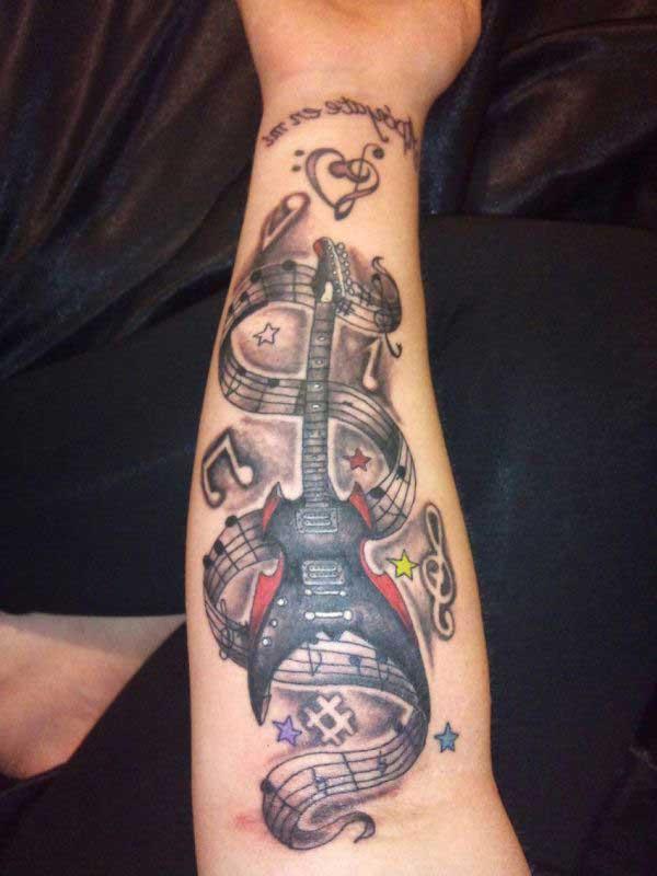 sugestões de tatuagem de guitarra