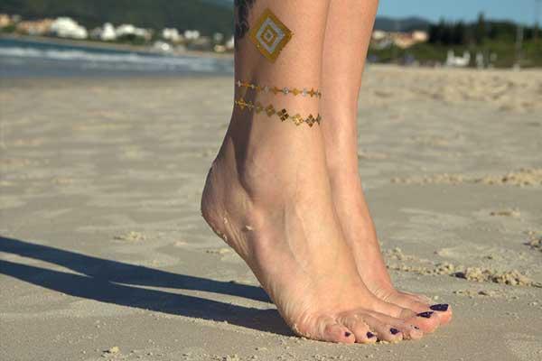 31 Tatuagens Tipo Tornozeleira Muito Criativas